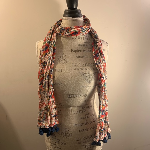 AEO Floral & Fringed Scarf